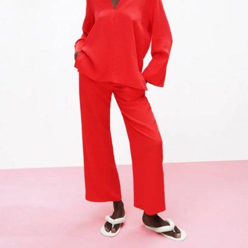 Pantalón Recto Fluido Rojo ZARA